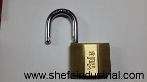 yale padlock 90mm